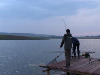 lacul lates neamt